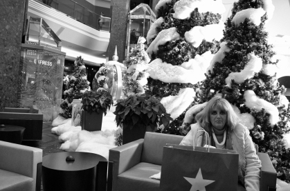 cherry_creek_mall_2013_holiday_lady (1 of 1)