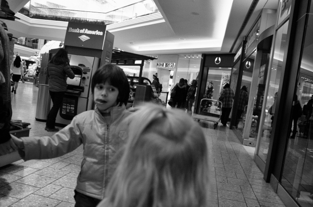 cherry_creek_mall_2013_kid_mkaing_a_face (1 of 1)