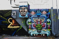 street_art_walnut_robot